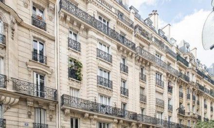Qui paie les frais d'agence immobilière : qui s'en charge ?